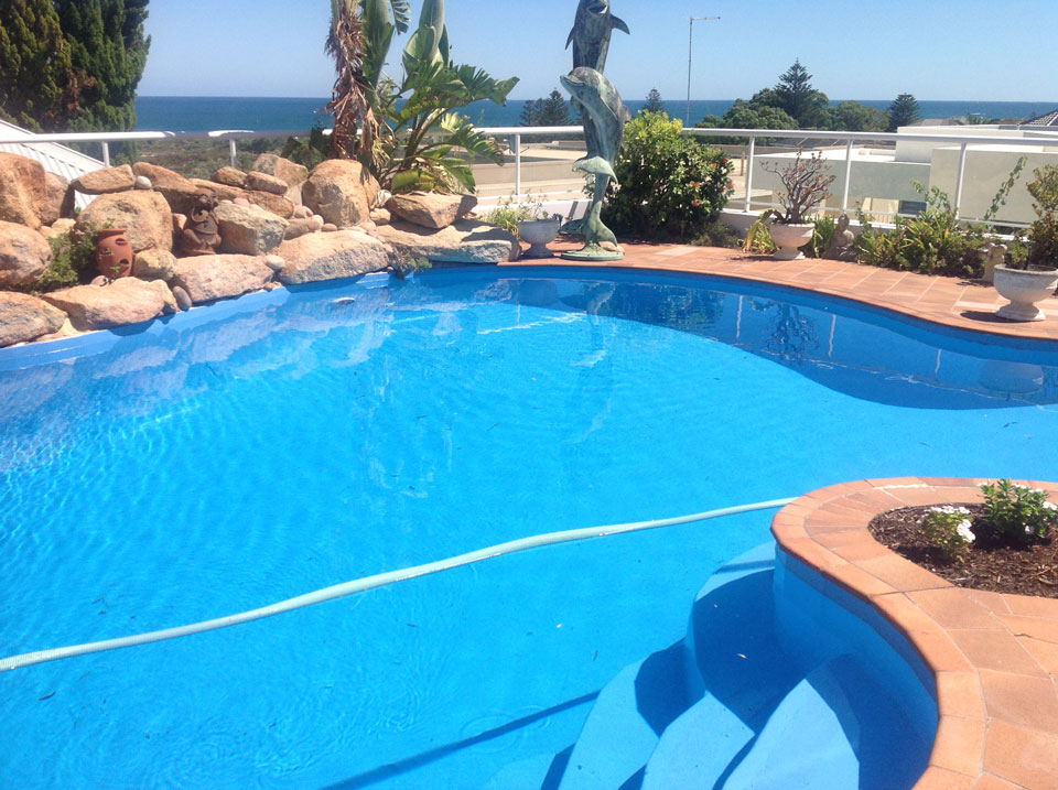 Pool resurfacing renovations and coatings perth the for Swimming pool resurfacing