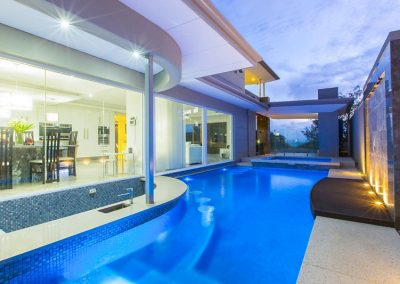 Modern Sleek Pool Design